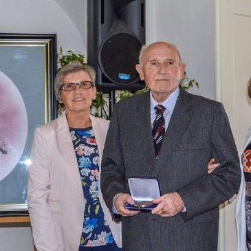 Kiváló győri tanárt (egyben Gyömöre Díszpolgárát) díjaztak Fertődön