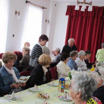 Gyömörén járt a Győri Pedagógus Nyugdíjas Klub